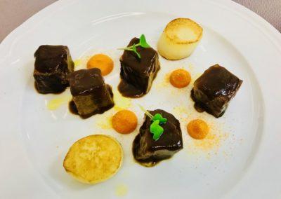 Brasato di manzo, patate e crema di zucca