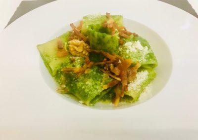 Paccheri di Gragnano con guanciale, spinaci e noci